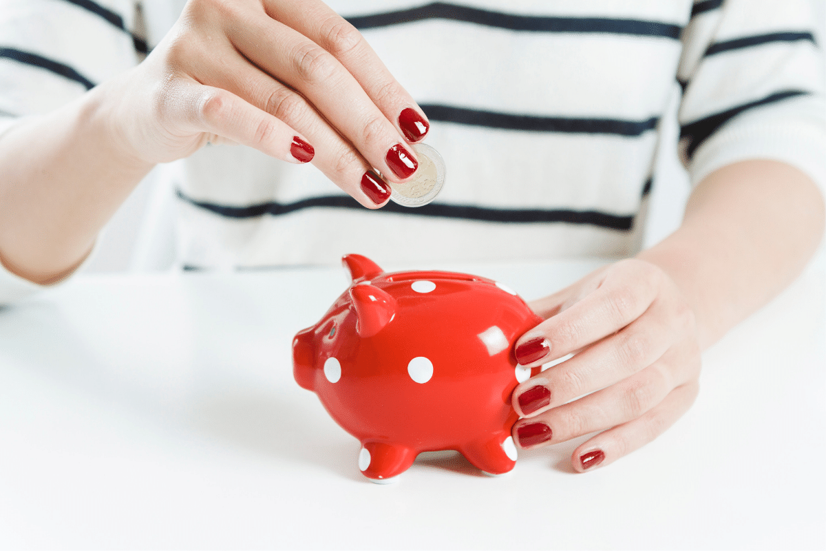 Piggy Bank 5 things I do to save 10k every year